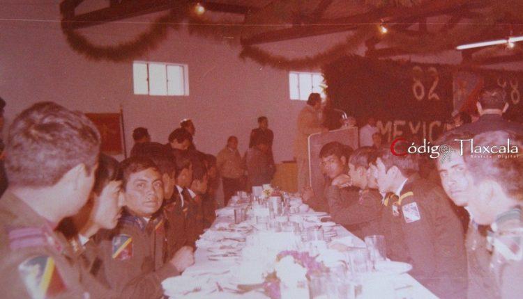 19 Convivio en comedor de la zona militar de Tlaxcala, 1988.