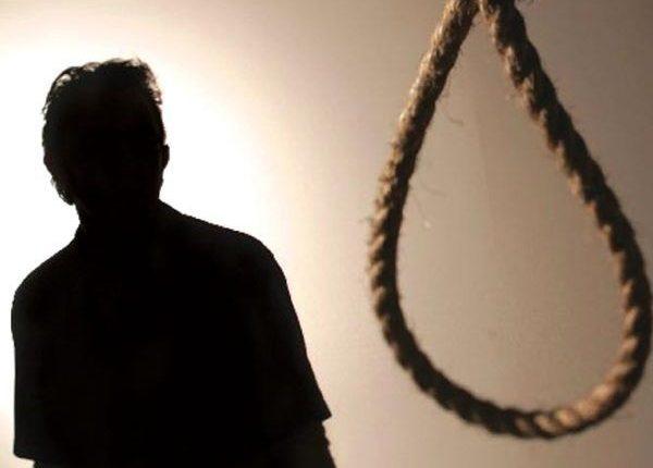 como-muere-un-ahorcado-suicidios-600×451