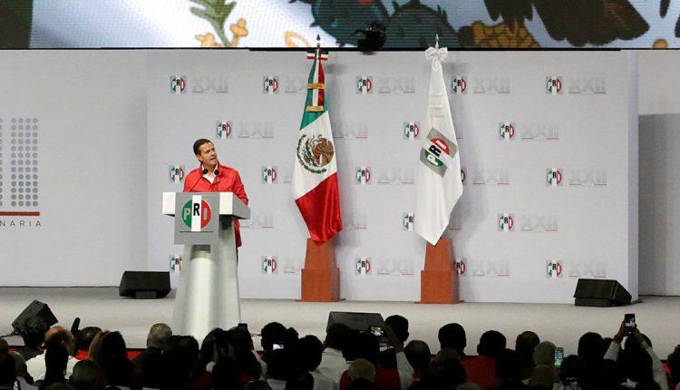03 Peña Nieto en la Asamblea Nacional del PRI, el 12 de agosto en Ciudad de México. FOTO Henry Romero, Reuters