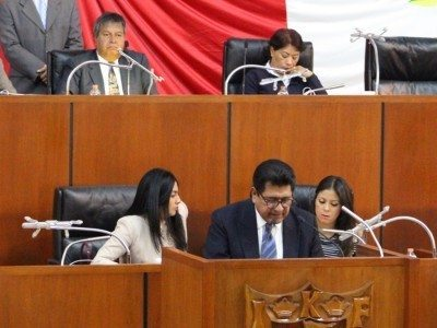 Diputado-Héctor-Ortiz-Atiende-Denuncias-De-Ciudadanos-Calpulalpenses