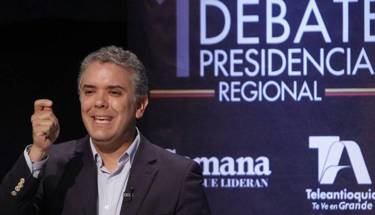 02 Iván Duque, durante debate. FOTO publimetro.co