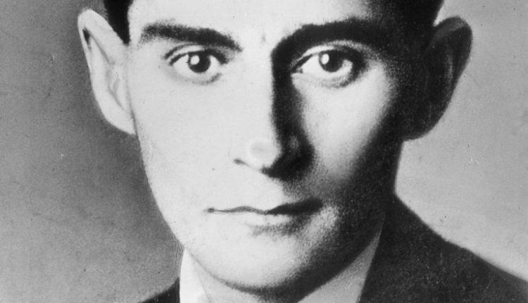 Franz-Kafka-56cb3ad95f9b5879cc542c00